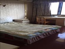 江海新村  8000/年 2室1厅1卫 简单装修 ,干净整洁,随时入住