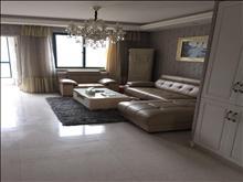 q金城花园绝佳位置6楼,婚房精装未住,3房出租4.5万/年