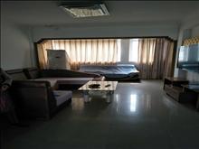 阳光家园 5楼 3室2厅 中装 月租1333 干净整洁 拎包