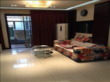湖滨国际 4166元/月 2室2厅1卫 精装修 超大阳台,小区有泳池