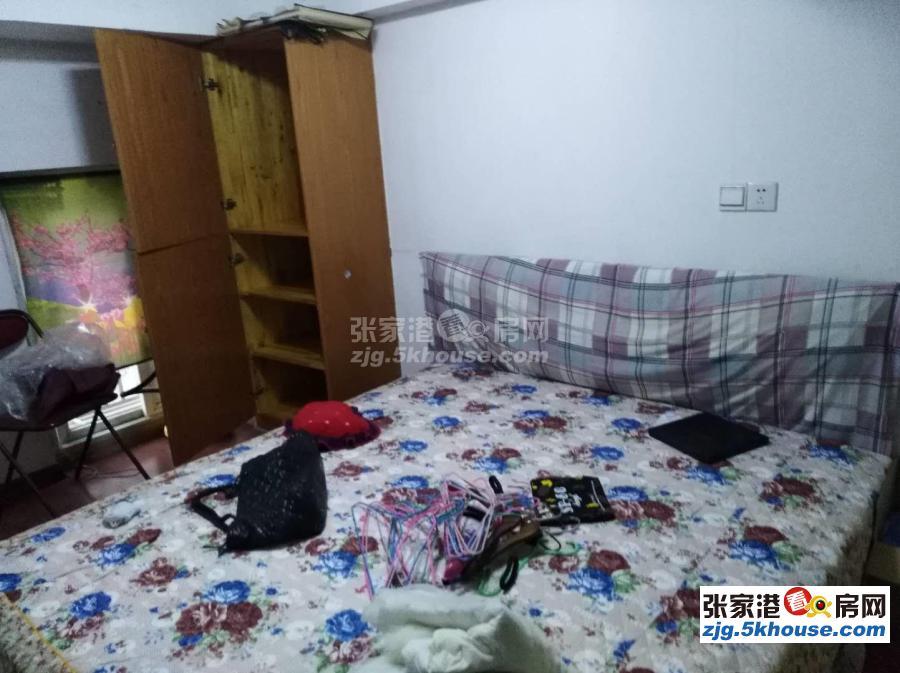 市中心繁华地段步行街西首西门南村独门独户小套房出租