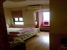 金城花园 2200元/月 2室1厅1卫 豪华装修 ,干净整洁,随时入住