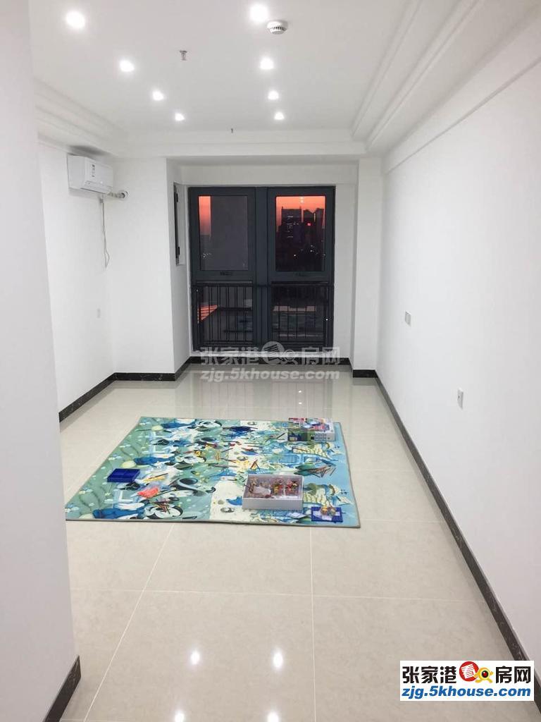 全新家私电器,吾悦广场 3750元/月 4室1厅1卫 精装修