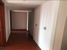 世茂九溪墅7.5万/年  3室2厅2卫 精装修 有地暖 中央空调