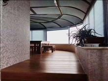 湖景房 蓝湖湾,210平  +产权车位,豪装,中央空调+地暖