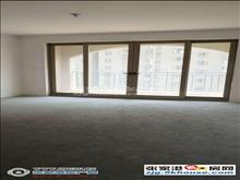 l中联皇冠白鹿+梁丰满五年有储藏室6楼143平方三室二厅