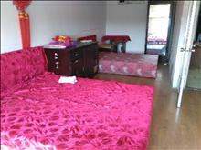 云盘一村阁楼  1200元 2室1厅1卫 中装,没有压力的居