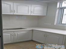 龙潭新村2楼66平方精致装修二室二厅130万元