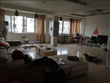 银都桂花园 2083元 4室2厅2卫 精装修,家具家电齐全