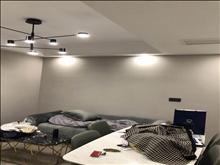 阳光锦程2楼85平,2室全新装修,中央空调+地暖,出租45000元/年