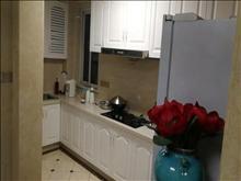 金港金科廊桥豪装出租2500每月看房方便3房也可做2房