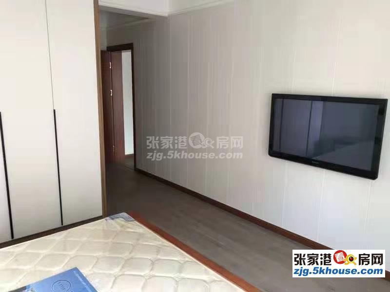 农联家园 2600元/月 3室2厅2卫, 豪华装修 采光好,拎包随时就可以入住