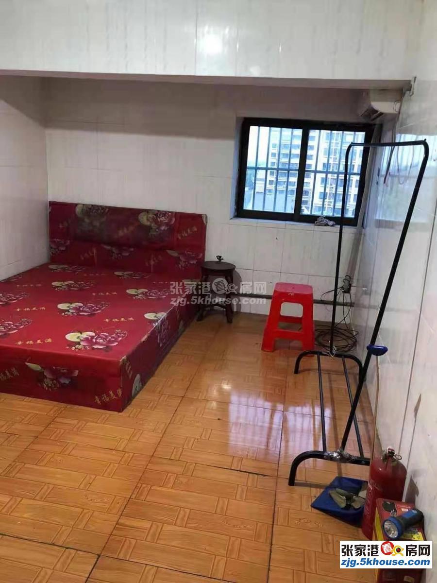 好房出租,居住舒適,灣士岸四村 閣樓  13500元/年 2室2廳1衛 精裝修  14號