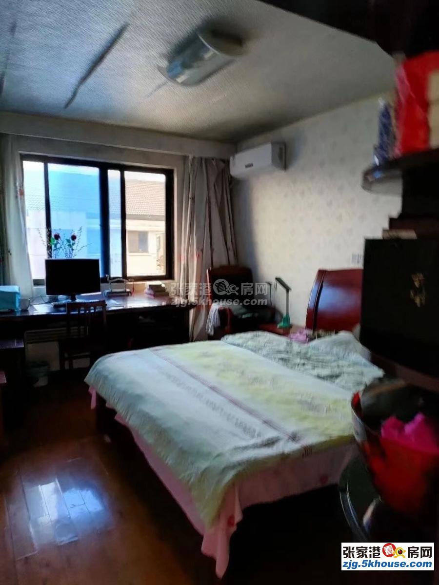 出售万红一村大顶复165万 5室3厅3卫 精装修全新送家电
