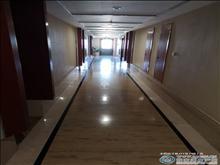 購物公園派克酒店公寓 8樓 精裝公寓房 2.4萬一年 包物業 拎包入住