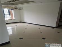 匯景豪苑 10樓 精裝四室兩廳 5.5萬一年 拎包入住