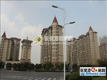 湖滨国际27楼,新空房,大平层201平+双车位,350万,满两年