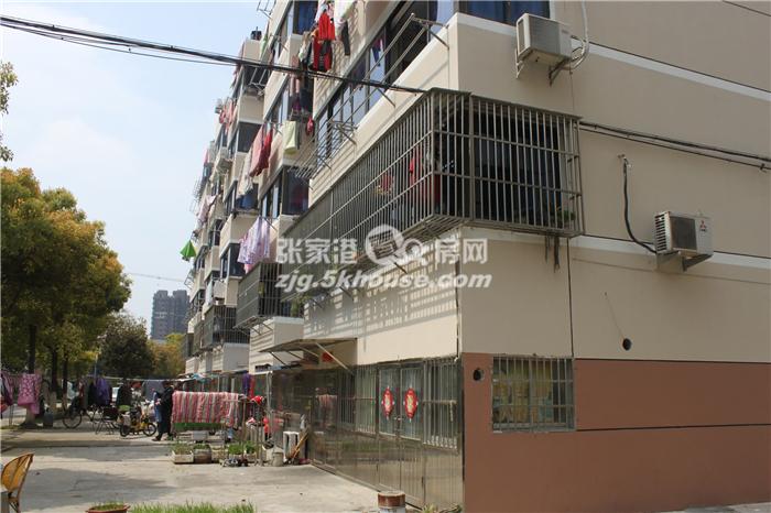 悦丰新村4楼 69平 2室1厅 简装满五年 85万