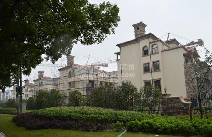 房主出售新珑湾 135万 3室2厅2卫 毛坯 ,满2年自库