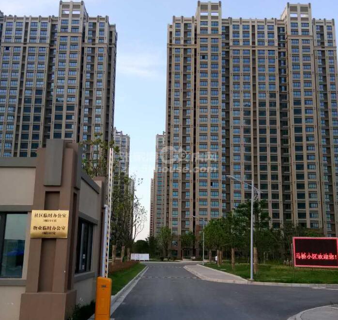 稀缺户型22楼南北厅马桥小区 74万 3室2厅1卫 毛坯 ,急售