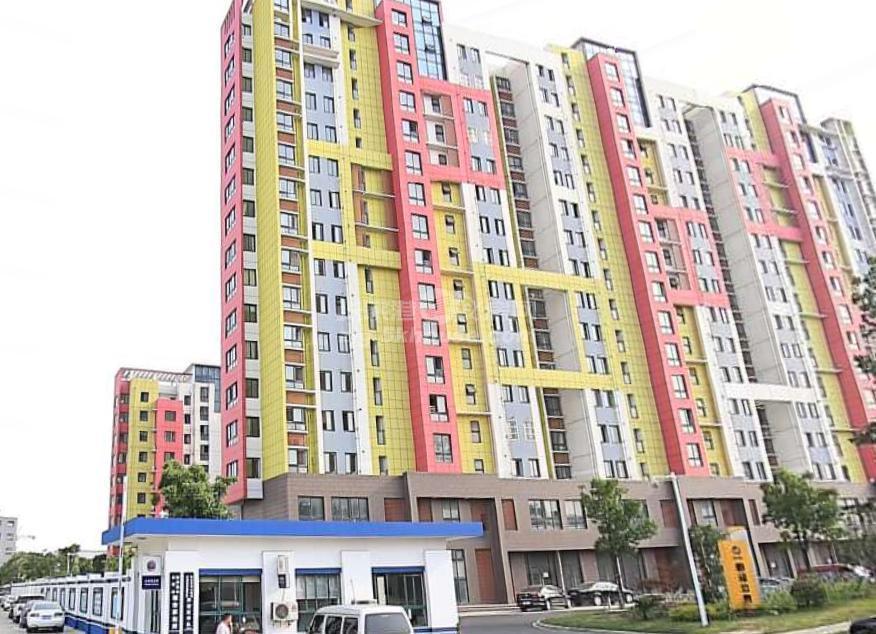 业主诚心出售,新泾公寓 94万 2室1厅1卫 精装修 ,急急急