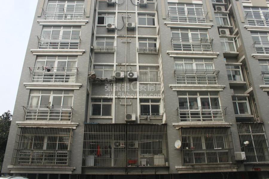新丰苑2楼 102+自 中装 稀有户型 满两年