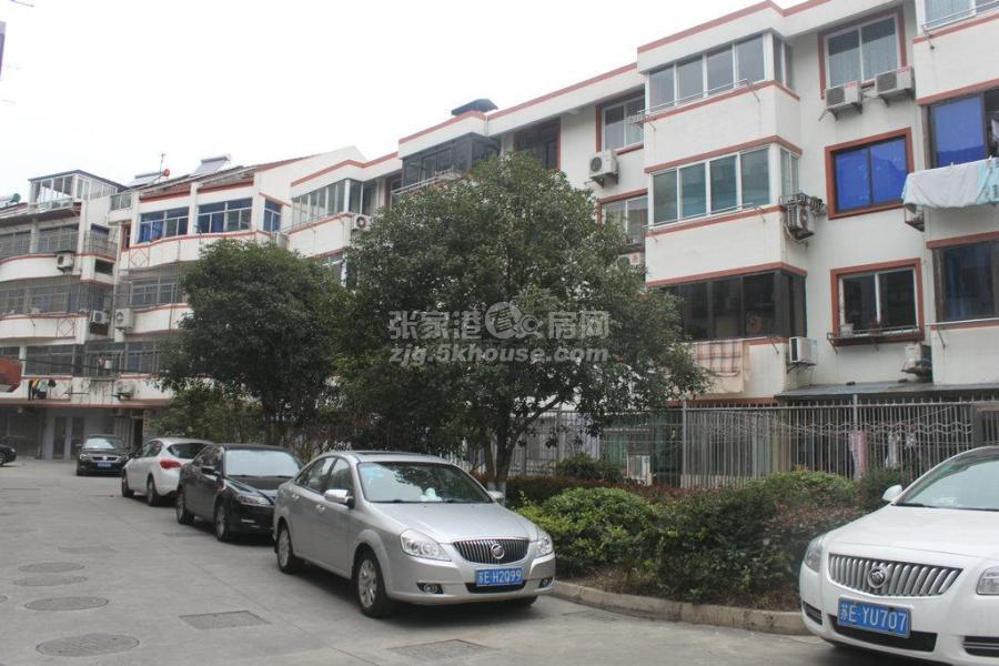 急租向阳新村2楼 135平米 2室 只租3.2万/年 拎包入住