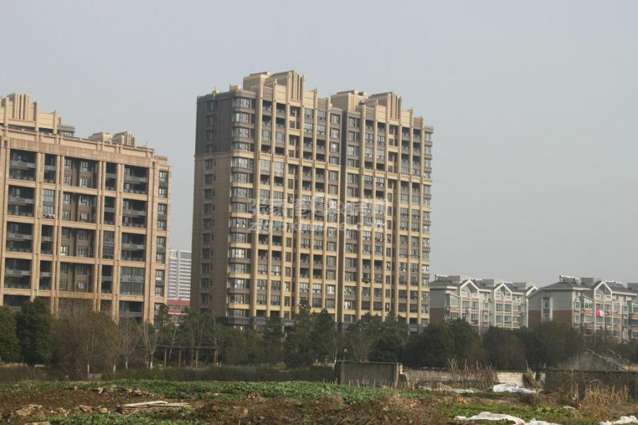 江南十二府  85平 145万  豪华装修  16满五年   143万