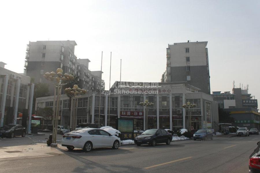 东方明珠景苑138.82平 7楼精装 300万首付一半可反抵押 价格可谈