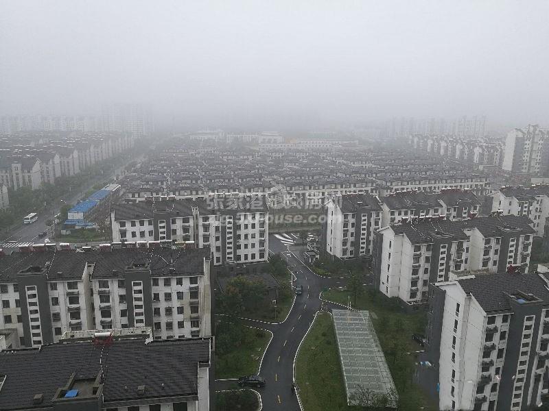 泗兴佳苑七楼135平方79.8万 3室2厅2卫 毛坯 周边配套完善