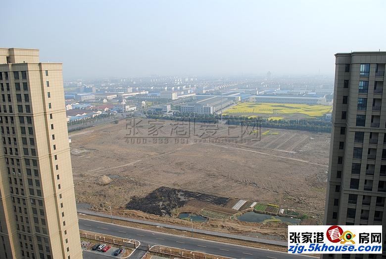中联铂悦一期  26楼 95平  155万 满2年  毛坯